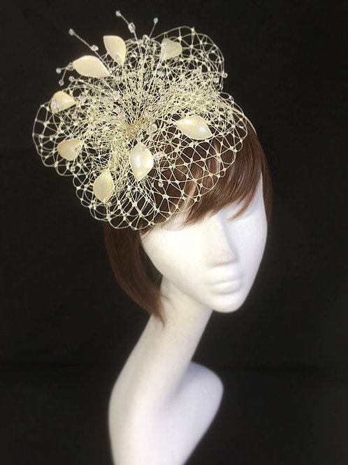 Cream gold fascinator