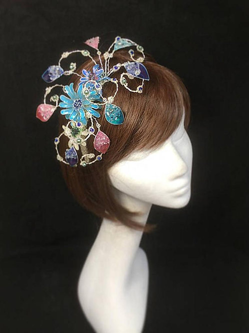 Blue ornate flower fascinator 01