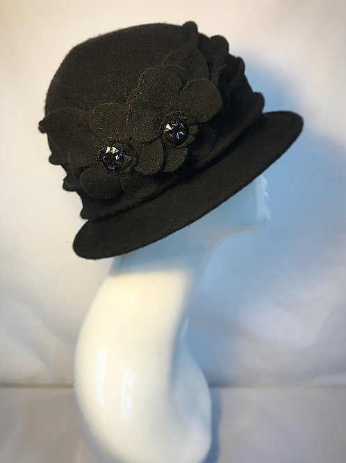 Black vintage style cloche hat