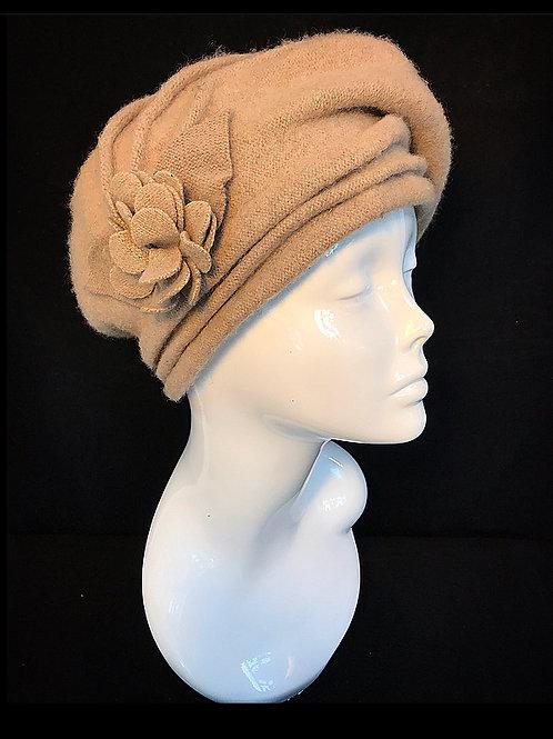 Beige vintage beret