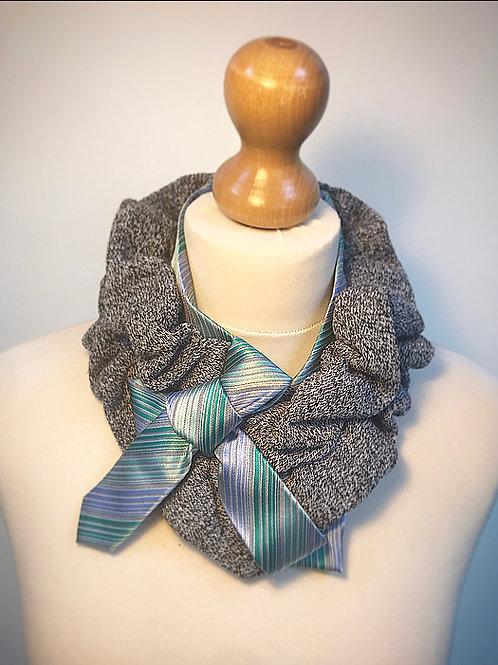 Grey blue stripe cravat