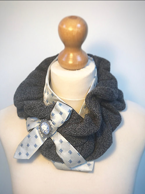 Grey ruffle ladies scarf