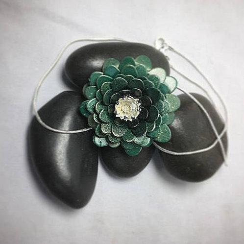 Dark green necklace