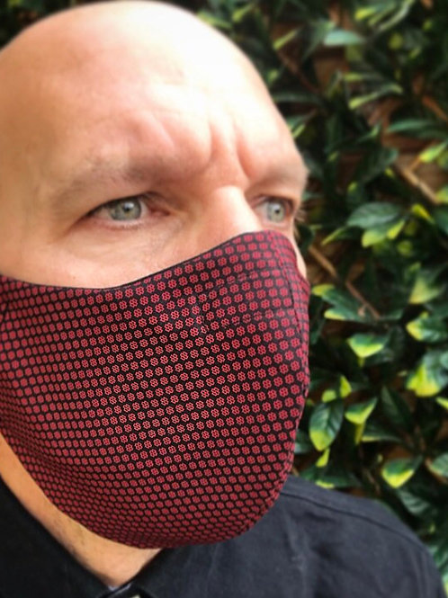 Mens large maroon face mask