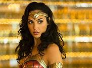 Wonder Woman Hablando M hablandom