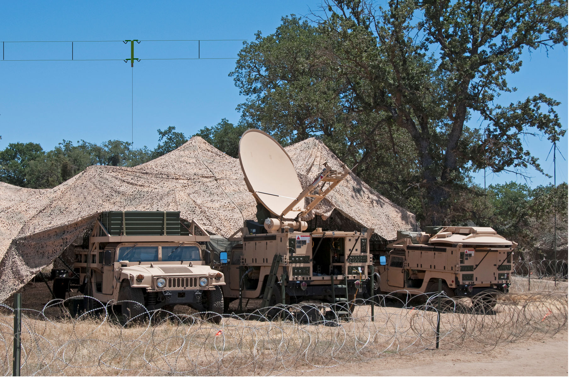 Army-satellite-communications-with-deser
