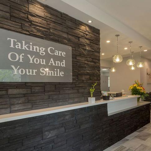 K.L.O. Dental Reception