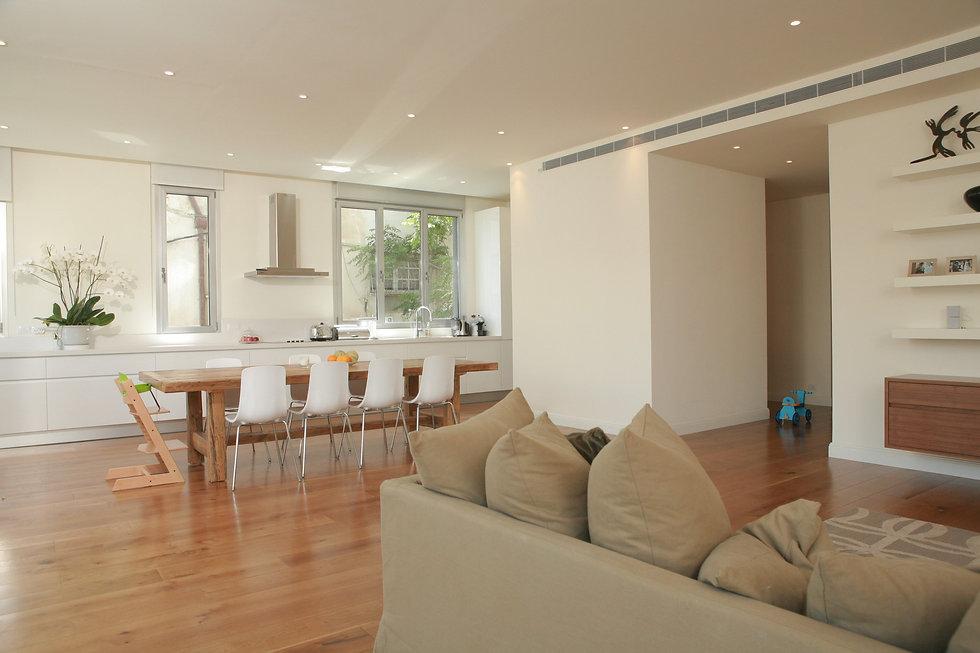 Michal Mudrik TelAviv Apartment (4) (Cus