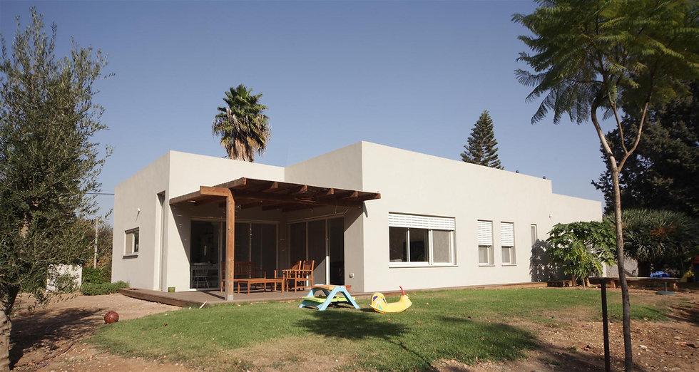 Michal Mudrik House Binyamina (8).jpg