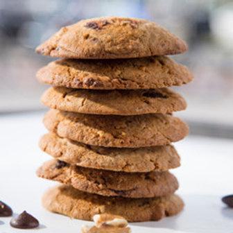 2 walnoten/chocolate chip cookies