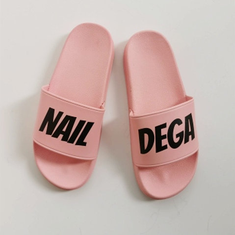 Nail Dega Salon Slides