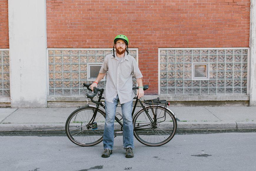 Henry-bike-yeah-Buffalo_2.jpg