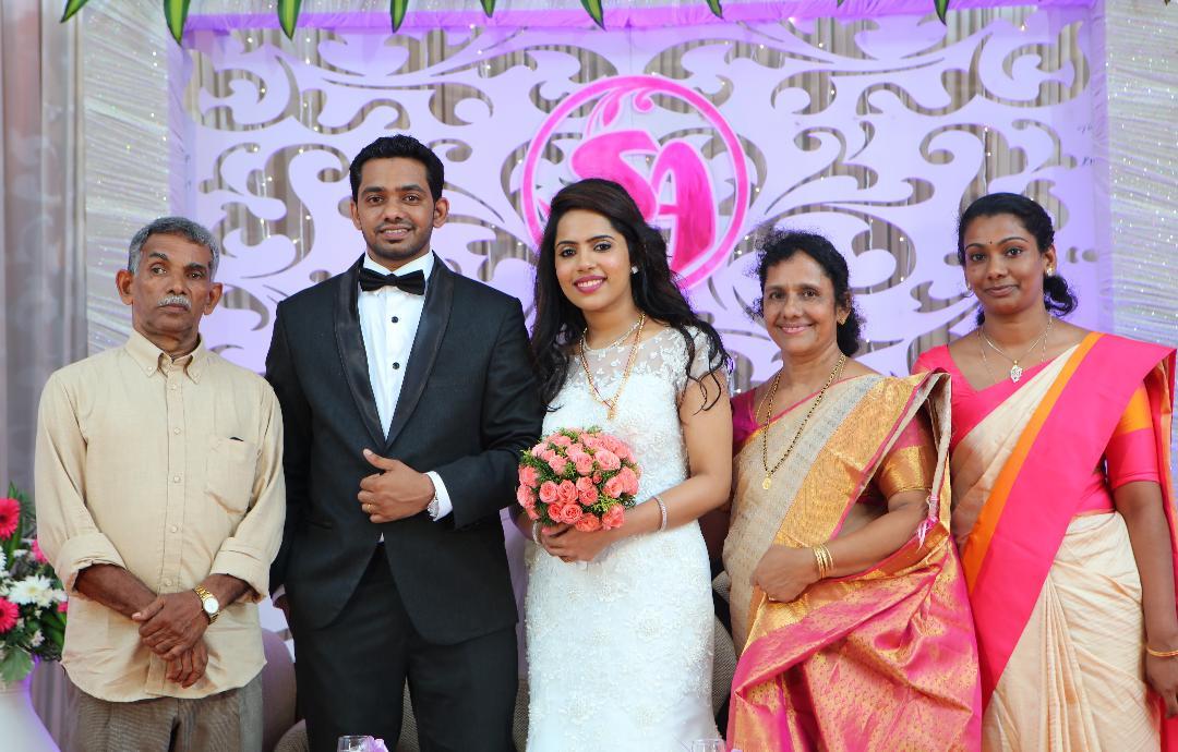 Sarath Antony family.jpg