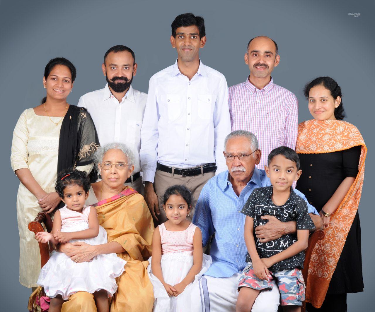 Kuruvila Sankoorikal family.jpeg