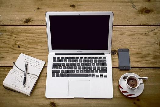 home-office-336378_640.jpg