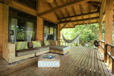 Kula House Upstairs Deck