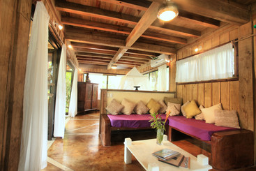 Kula House sitting area