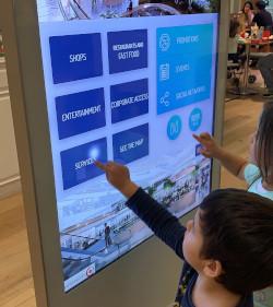 ¿Cómo funcionan las pantallas táctiles?