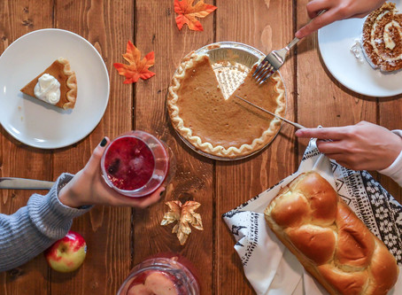 How to Enjoy Food During the Holidays