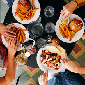 Distracted Eating Might Be Affecting You More Than You Think