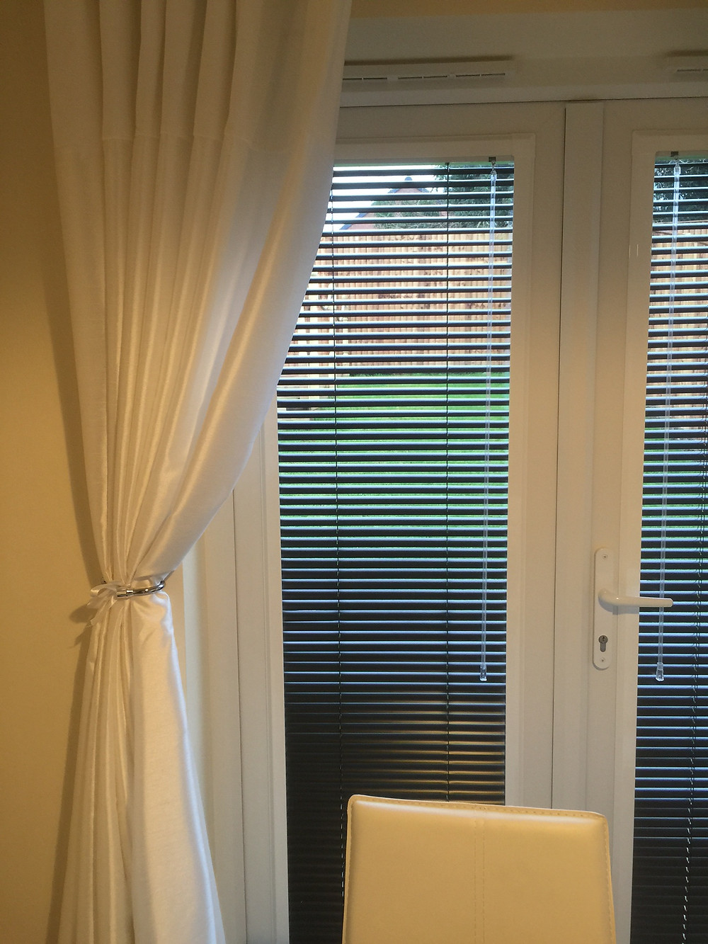 Perfect Fit Venetian Blind Down