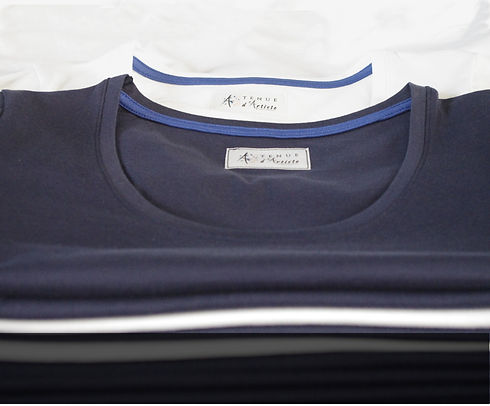 pile-tshirts-made-in-france.JPG