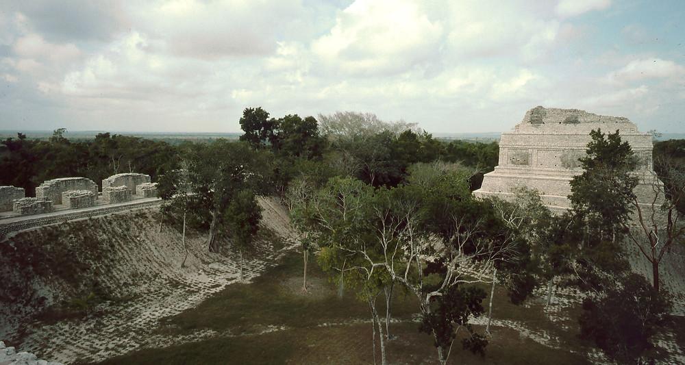 dzibanché zona arqueológica