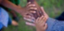 hands-1950985_1920.jpg
