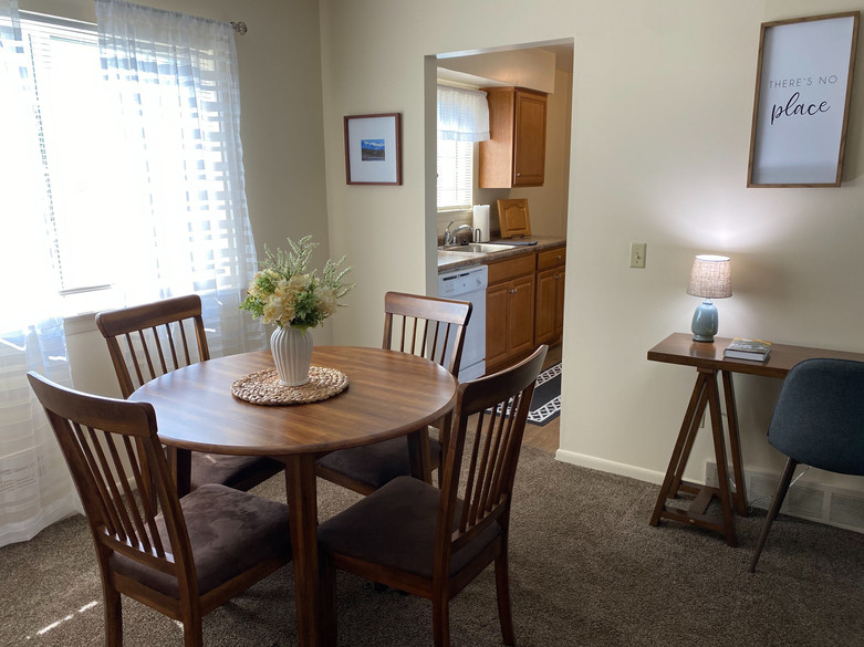 Dining Area into Kitch