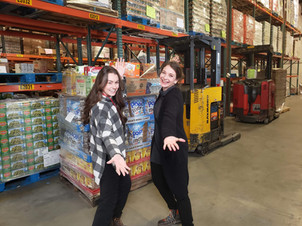 Madison and Kelley Peterson Food Bankjpg