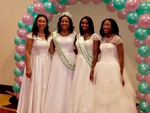 2019 Queen and Debutantes