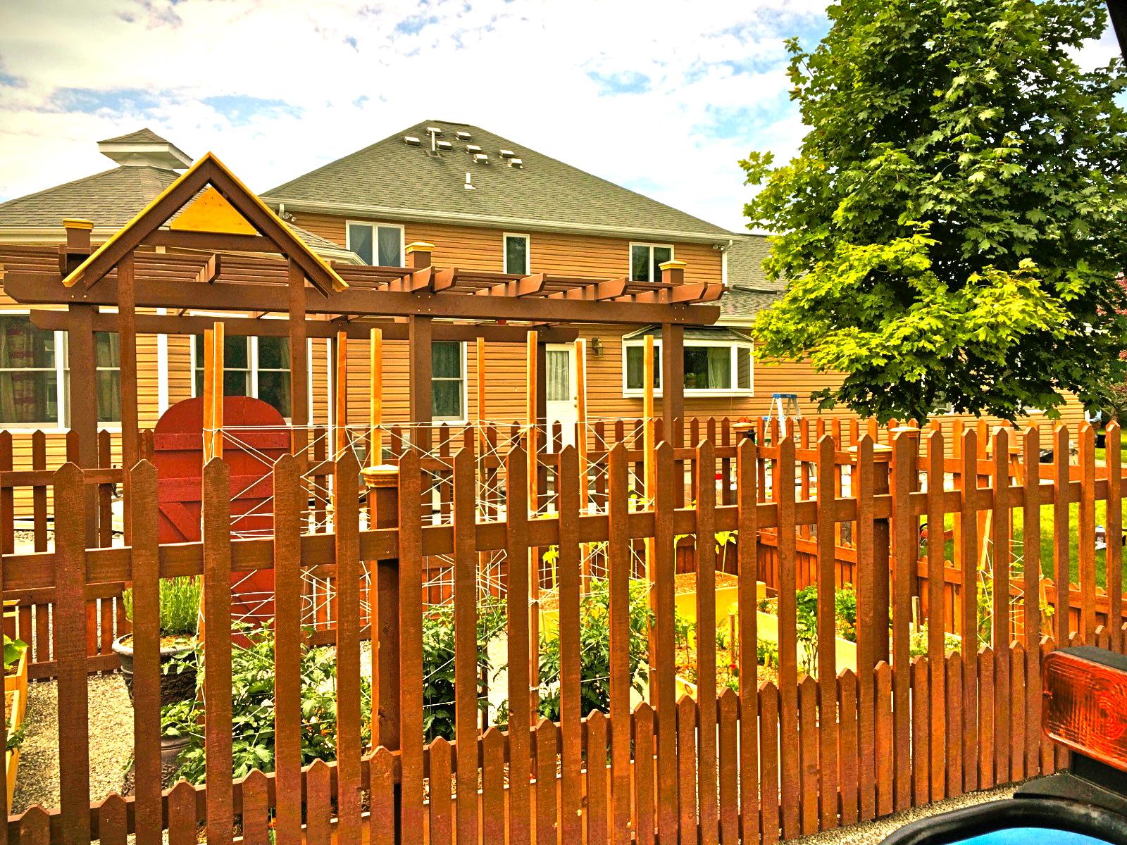 Garden Fence & setting