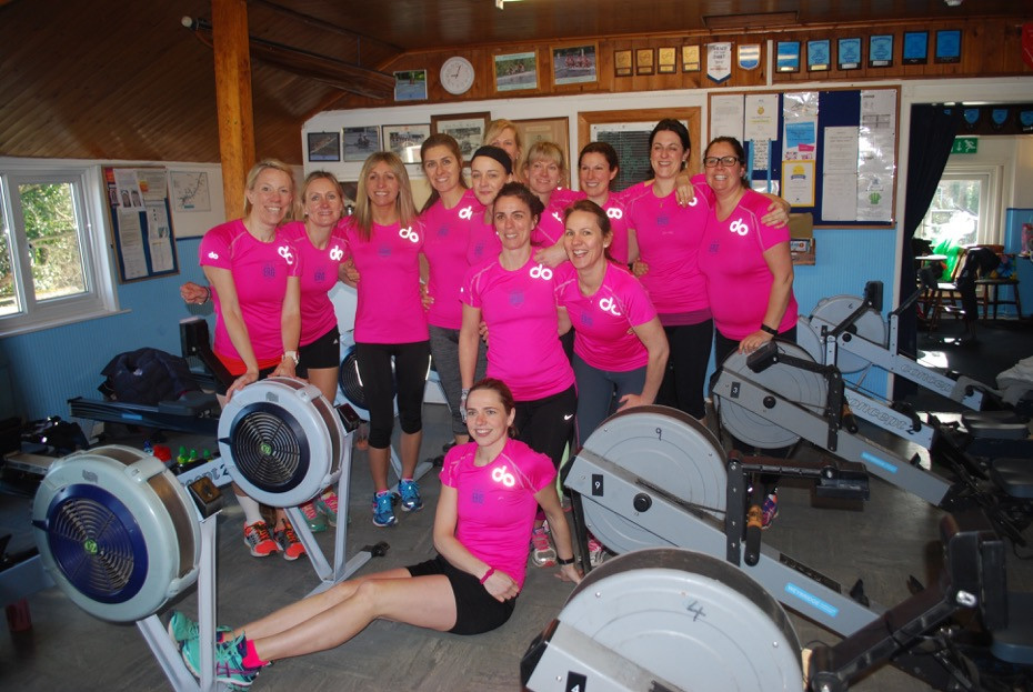 All local mums raising close to £9000 in The Great Row for Cancer Research UK