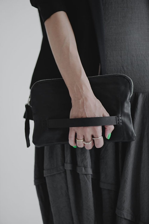 Leather clutch - small /Julia Fom