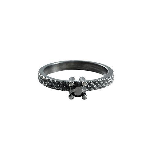 Grip silver ring with black diamond /Janni Krogh