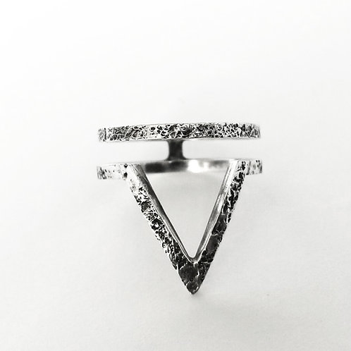 RAW ARROW ring / Maureen Centen