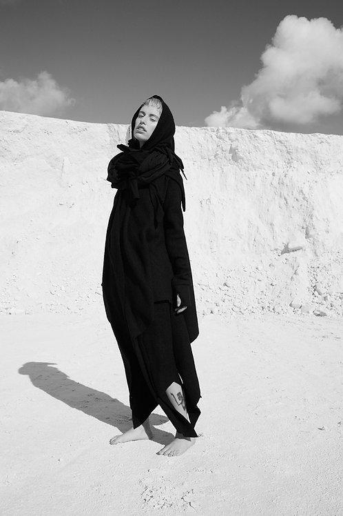BLACK STORM 002 - HOODIE / LÖVENDAHL by Borcher Avantgarde