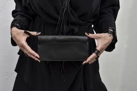 Leather envelope clutch / Julia Fom