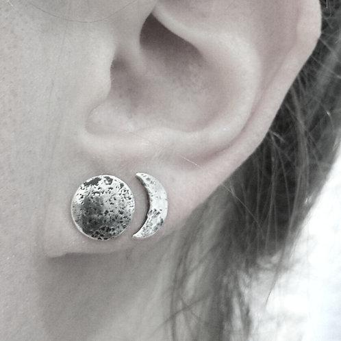 MOON PHASE earstuds / Maureen Centen