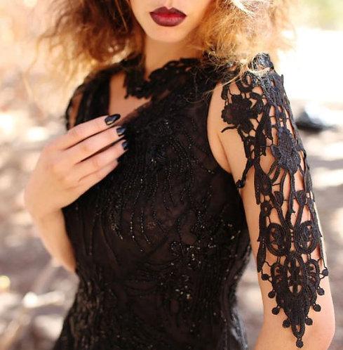 Black Lace Shoulder Piece / Metamorph Quirky Couture