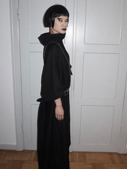 Fitted – Loose Dress / KLEIDUNGS|WERK