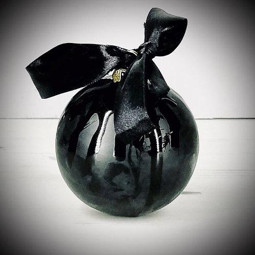 CHRISTMAS SKULL BALL / Weird & Wonderful Ceramics