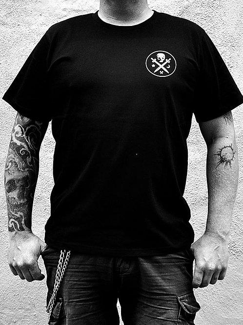 T-shirt with small logo / LÖVENDAHL