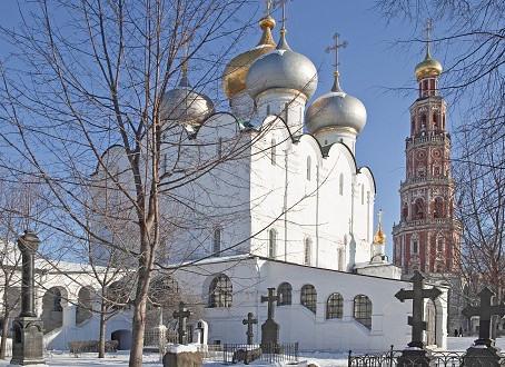 Novoděvičí klášter a hřbitov: Vězení pro urozené ženy a místo odpočinku ruských velikánů