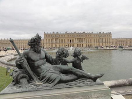 Průvodce versailleskými zahradami: Dílo génia a krále Slunce s nejpůsobivějšími fontánami