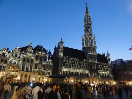 Adventní trhy v Belgii: Pohádková atmosféra, vynikající vafle a horká belgická čokoláda!