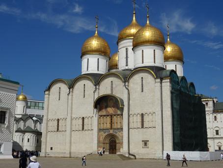 Kreml a jeho chrámy: Kde byli korunováni a pohřbíváni ruští carové?