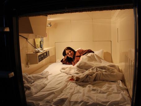 Sladké sny vrakvi aneb Jaká byla noc vjaponském kapslovém hotelu