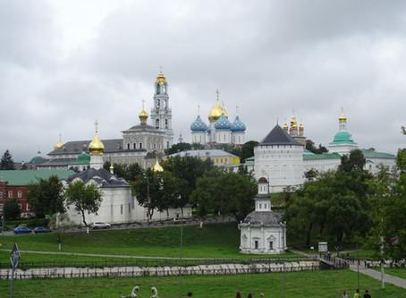 Sergijev Posad: Významné duchovní centrum a domov první matrjošky