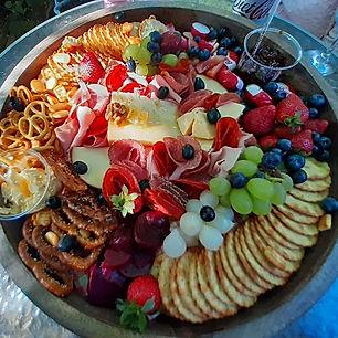 Grazing, sun & wine #buffetheroes #grazi